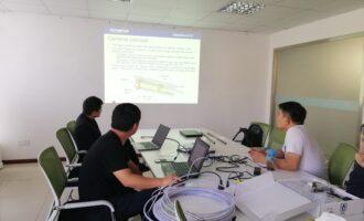 我司技术人员与OLYMPUS技术人员对新设备进行技术探讨